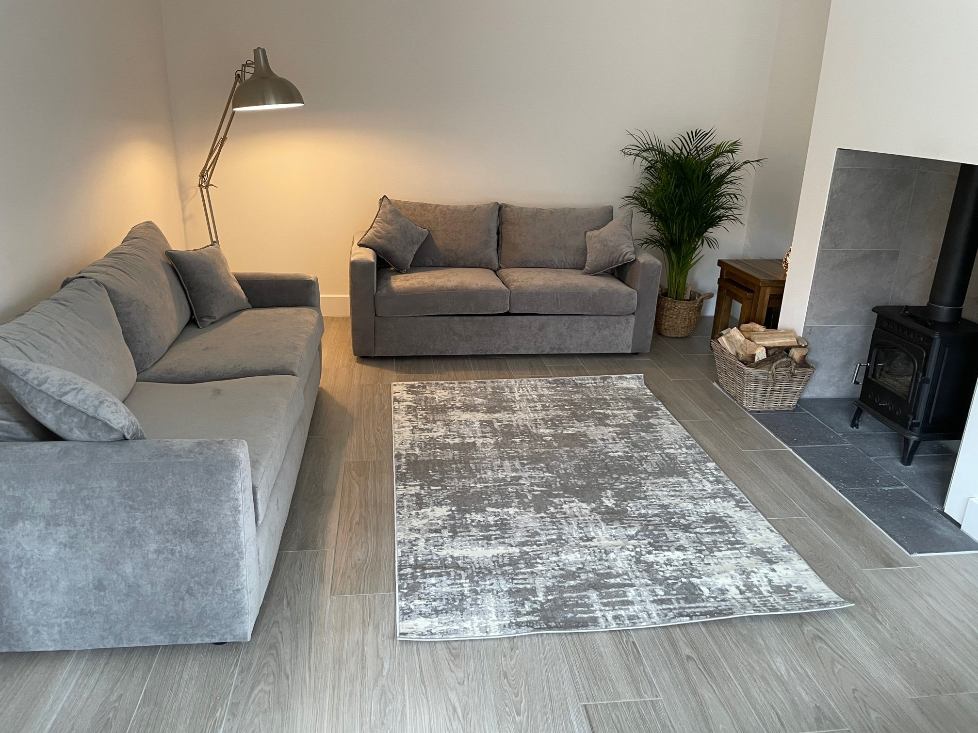Sofas and sofa beds in customers home image 1