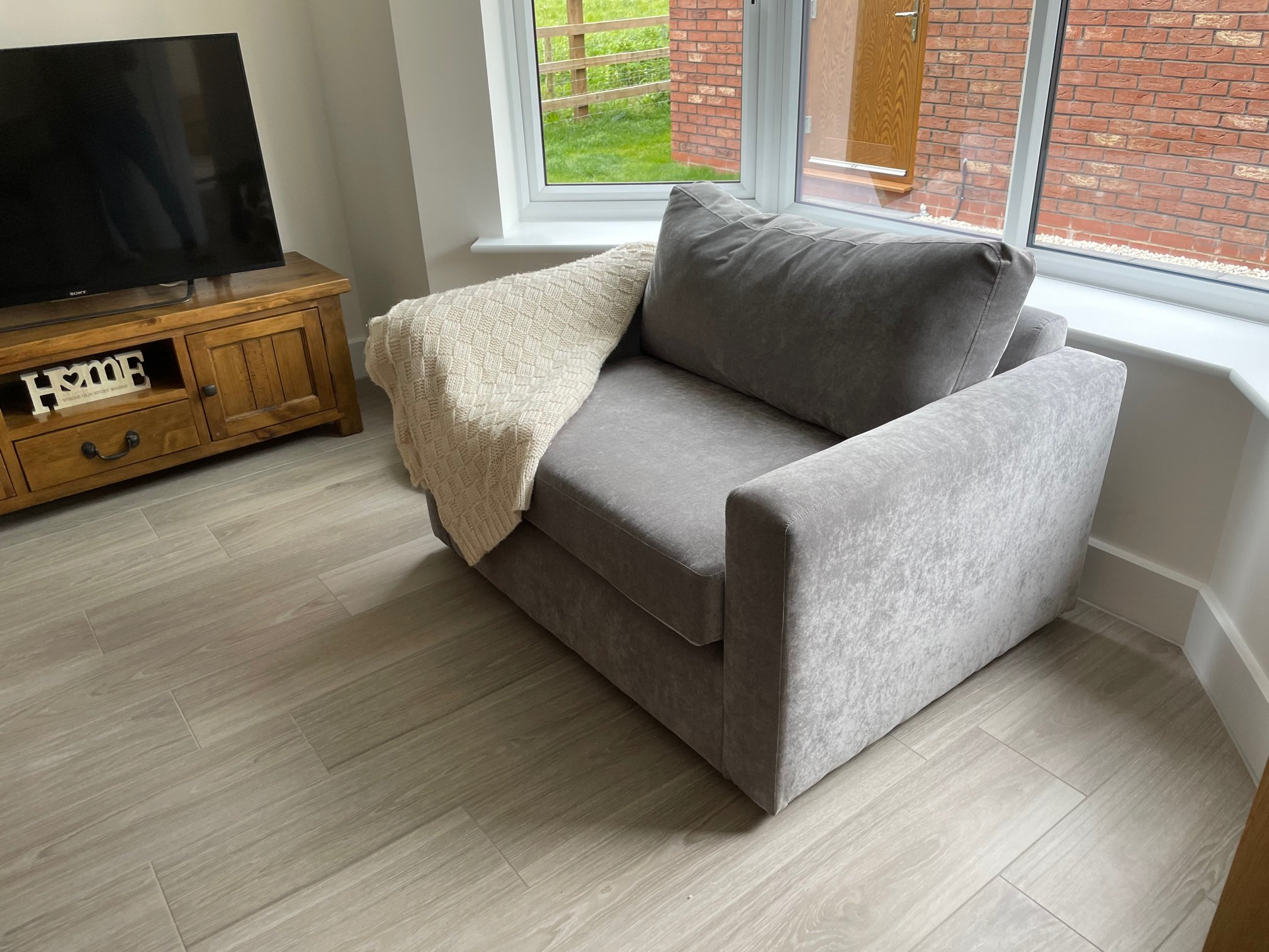 Sofas and sofa beds in customers home image 2